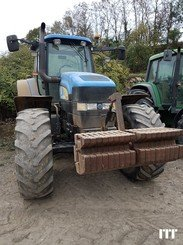 Tractor agricola New Holland TM 175 - 1