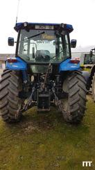 Tractor agricola New Holland TM 120 - 4